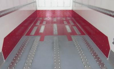 Roller conveyors in a box trailer